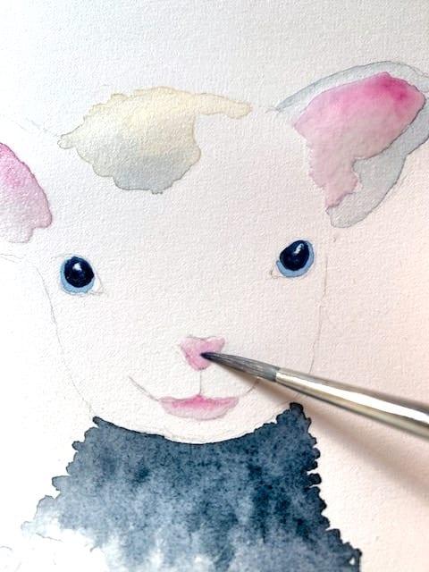 du siehst wie ich die Schnauze des Schafs male