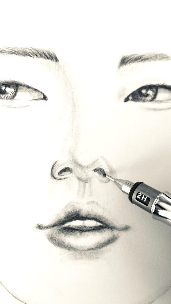 Dunkler Grafit für die Nasenlöcher